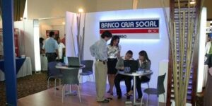 Servicios que ofrece el banco caja social colombia