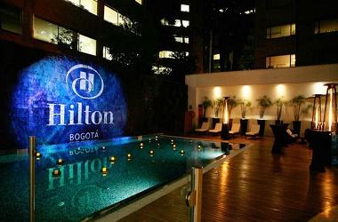 hoteles-con-piscina-en-bogotá-3